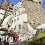 Visitors admire the Bran Castle, also called Dracula's Castle — Stock Photo