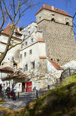Visitors admire the Bran Castle, also called Dracula's Castle — Stock Photo