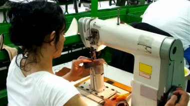 Workers for sewing machines — Stock Video