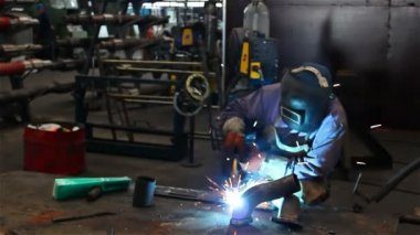 Gas Metal Arc Welding — Stock Video