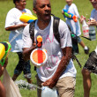 ������, ������: Man Gets Drenched In Group Water Gun Fight