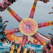 Teens Enjoy Upside Down Carnival Ride — Foto Stock #14736413
