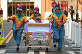 Team Races Mattress On Wheels In Fundraiser Event — Stock Photo