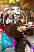 Zombie Fan Dancer Performs In Halloween Parade — Stock Photo
