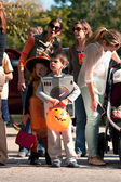 Kids In Costumes Get Ready For Halloween Parade — Stock Photo