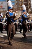 Marching band platillo jugadores realizan en atlanta desfile de navidad — Foto de Stock