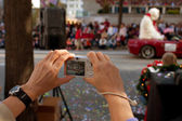 Point And Shoot Camera Captures Moments From Christmas Parade — Stock Photo