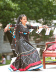 Female Dancer Performs Indian Dance At Festival — Stock Photo