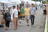Walk And Shop At Summer Arts Festival — Stock Photo