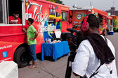 Cameraman Shoots Reporter Interviewing Food Truck Employee In At — Stock Photo
