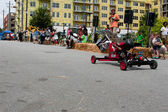 Kid Steers Car Down Hill In Atlanta Soap Box Derby — Stock Photo