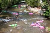 People Enjoy Tubing Down North Georgia River — Stock Photo