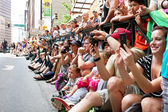Spectators Pack Street Watching Dragon Con Parade In Atlanta — Stock Photo