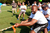Tug-Of-War Teams Pull Rope In Summer Fundraising Event — Stock Photo