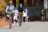Couple Rides Bikes Along Urban Development Trail In Atlanta — Stock Photo