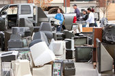 Discarded Electronics Pile Up At County Recycling Event — Stock Photo