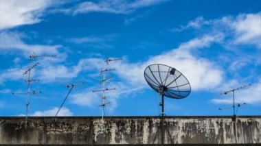 Satellite Dish With Antenna TV and Cloud Movement In Sky Time Lapse — Stock Video