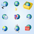 Set of vector globe icons showing earth — Stock Vector