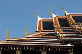 Dak aan het wat pho in bangkok — Stockfoto