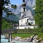 Church of Ramsau near Berchtesgaden with the Reiteralpe mountain — Stock Photo #12656708