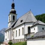 Church of Ramsau near Berchtesgaden with the Reiteralpe mountain — Stock Photo #13138654