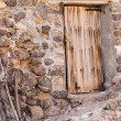 Old wall and door — Stock Photo
