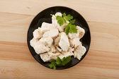 Yemeğin üzerine maydanoz ile tavuk fileto — Stok fotoğraf