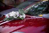 Red wedding car — Stockfoto
