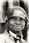 A portrait of an old lady from Ghana — Stock Photo