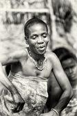 Jolie dame de danses du togo — Photo