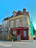 Cafe in Auvers-sur-Oise, France — Stock Photo