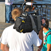 Camera men does his job — Stockfoto