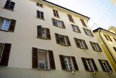 Edificio en suiza — Foto de Stock