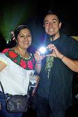Mexikanische cople nimmt fotos — Stockfoto