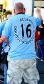 Manchester City fan in Sergio Aguero shirt — Stock Photo