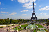 View of the Trocadero near the Eiffel Tower — Stock Photo
