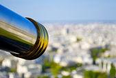 Teleskop över paris, frankrike — Stockfoto