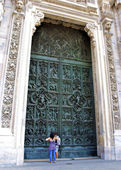 Huge door of the cathedral — Stock Photo