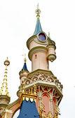 Tour du château beauté endormie dans le disneyland de paris — Photo