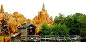 Disneyland berg decoratie — Stockfoto