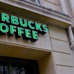 Starbucks cafe — Stock Photo