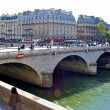 Small bridge in Paris, France — Stock Photo #13541188