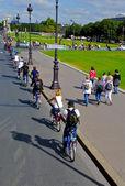 велосипедный тур в париж — Стоковое фото