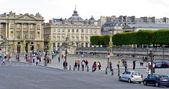 Turisté v paříži — Stock fotografie