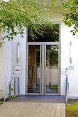 Porta moderna para a casa — Foto Stock