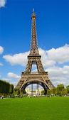 эйфелева башня, полный размер, париж, франция — Стоковое фото