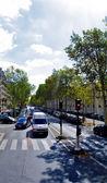 Street and traffic of Paris — Stock Photo