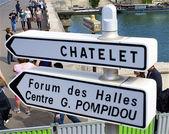 Chatelet znak w paryżu — Zdjęcie stockowe