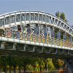 Bridge over the river Seine in Paris, France — Stock Photo #13593814