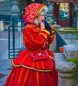Girl in old fashion Russian clothes — Stock Photo
